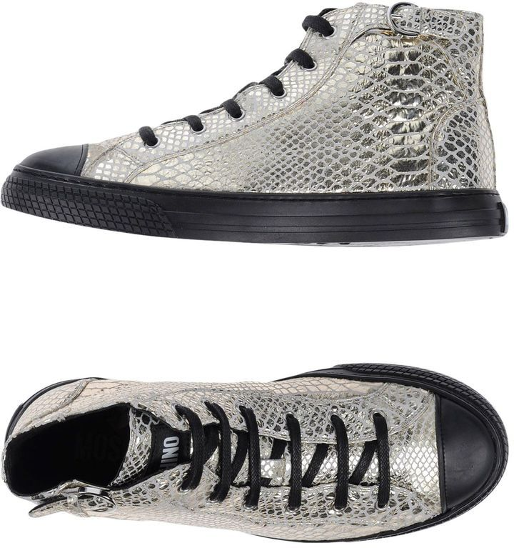 MOSCHINO Sneakers...