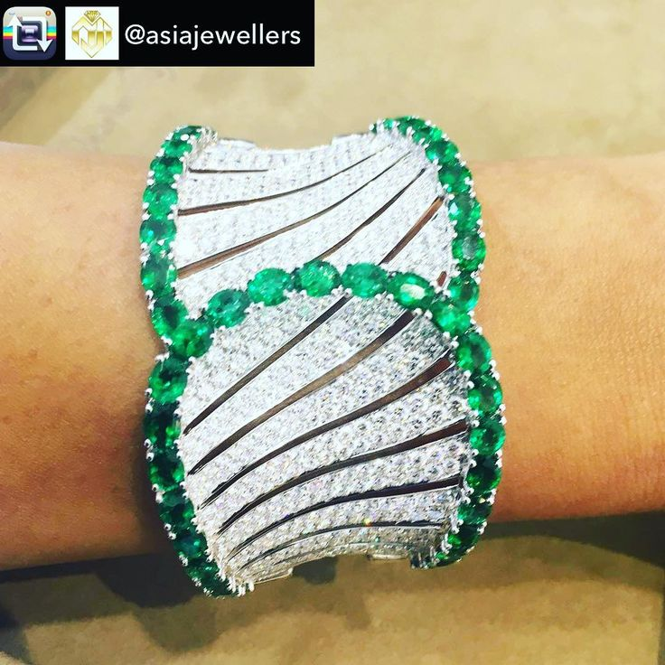 Repost from Asia Jewellers - One of @butanijewellery stunning pieces ✨✨✨ H...
