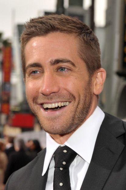 Jake Gyllenhaal-those eyes and that smile!...