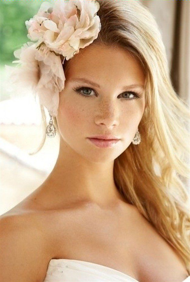 Au Naturelle | Wedding Makeup Looks Inspiration For Your Big Day...