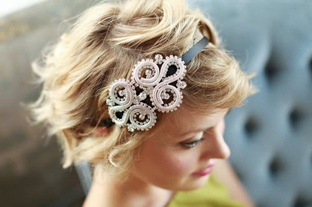 Headbands | Homecoming Dance Hairstyles Inspiration Perfect For The Queen...