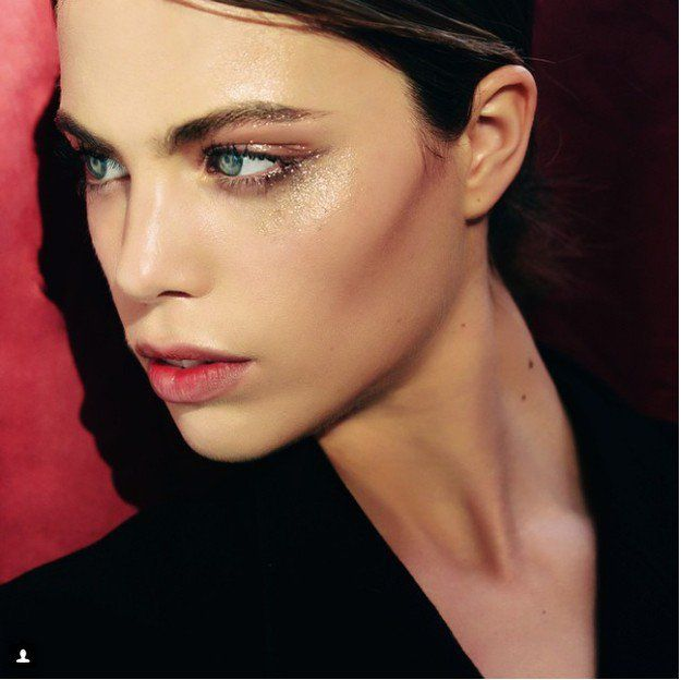 Glitter Highlights   Summer Makeup Ideas   12 Fun Looks This Season...