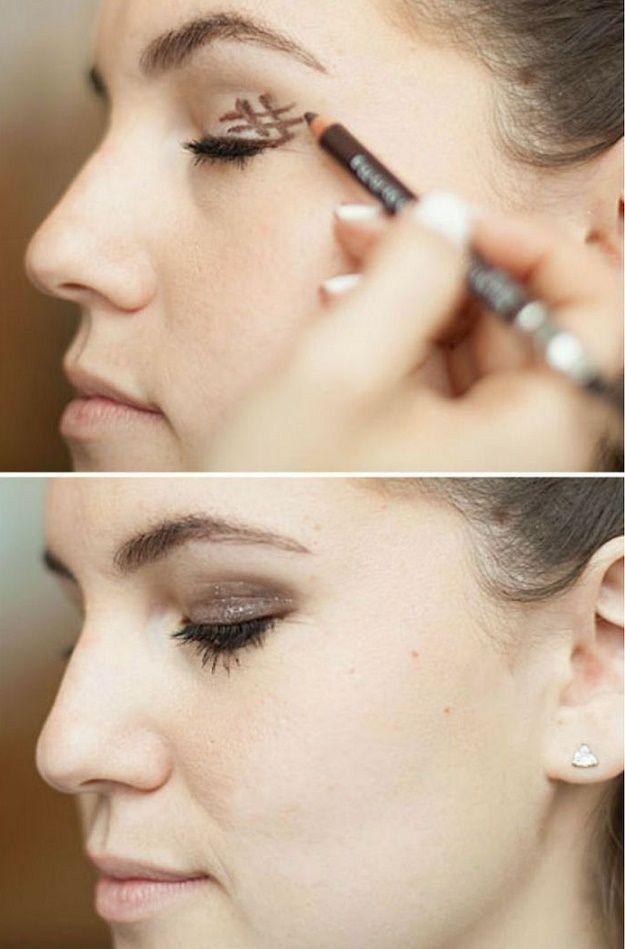 Hashtag for Perfect Smokey Eye Makeup | 10 Life-Changing Makeup Hacks To Save Yo...