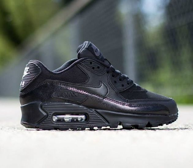 size 40 9694e fa319 Nike Air Max 90 GS – Black   Dark Grey