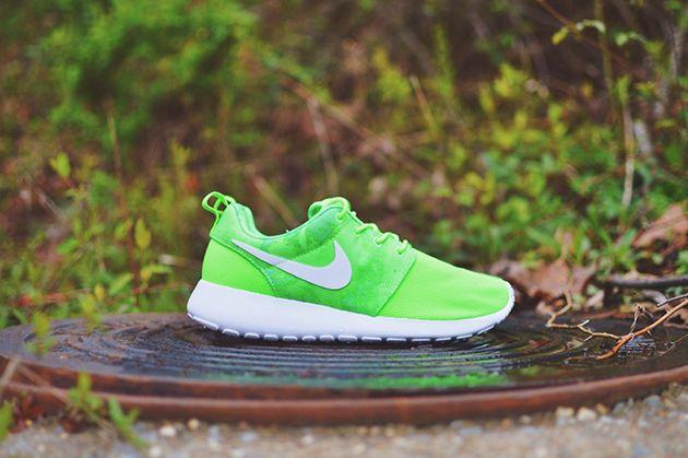Nike Roshe Run Print WMNS-Flash Lime-White-Menta-1...