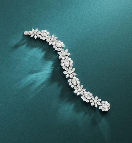 Dazzling diamonds!...