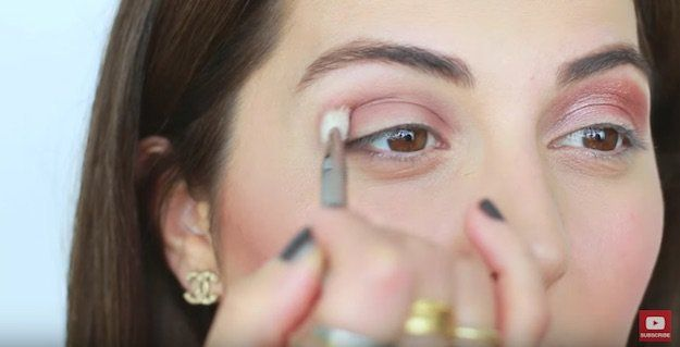 Hooded Eyes | Eyeshadow Tutorials For All Makeup Junkies | Makeup Tips & Hac...