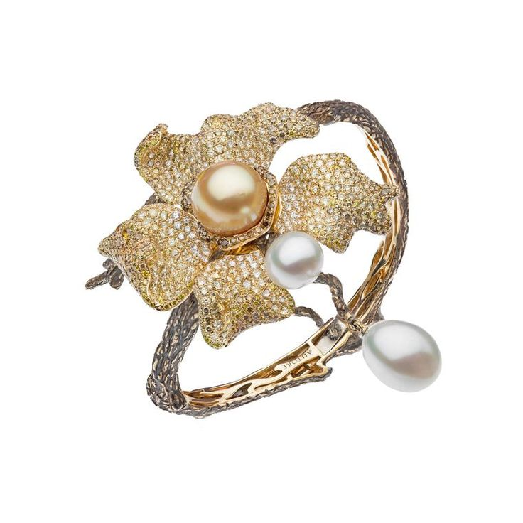 Around the world in luxury jewellery: South Sea pearls