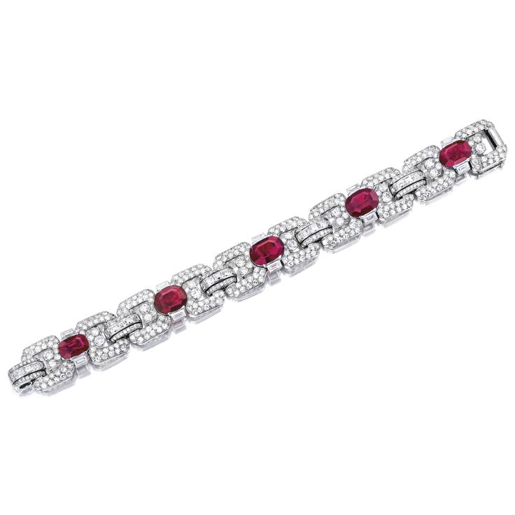 Important Art Deco Ruby and Diamond Bracelet, Cartier, Paris Estimate 481,575 - ...