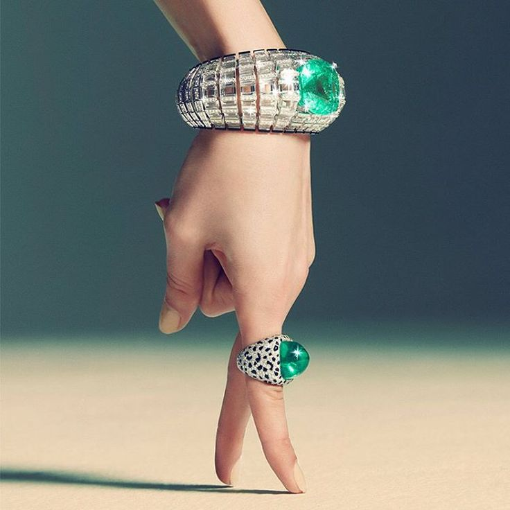 #EtourdissantCartier Dazzling creations, testament to Cartier's expertise: the a...