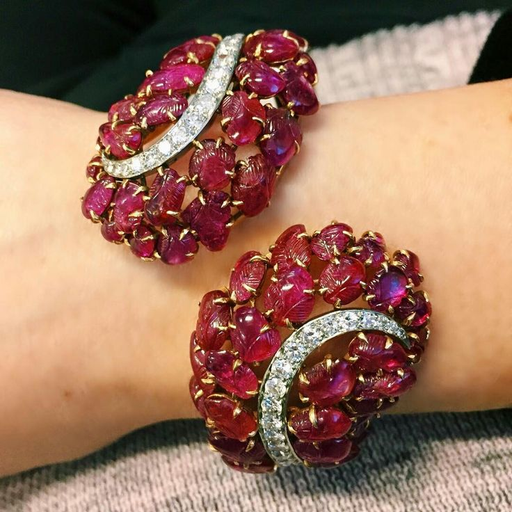 @jeanmjkim. I love all things Retro, but this gorgeous carved ruby cuff by Bouch...