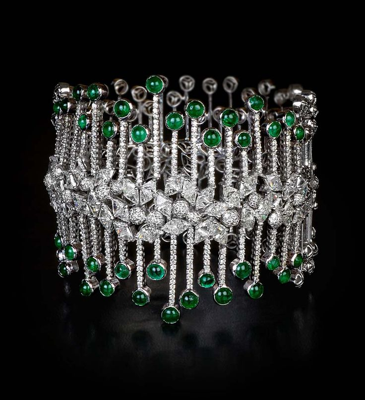 Luxury Indian jewellery brand MINAWALA launches new Festival of Emeralds collection