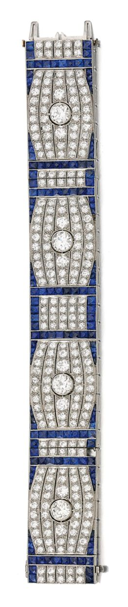 SAPPHIRE AND DIAMOND BRACELET, ca. 1930 - The articulated band millegrain-set wi...