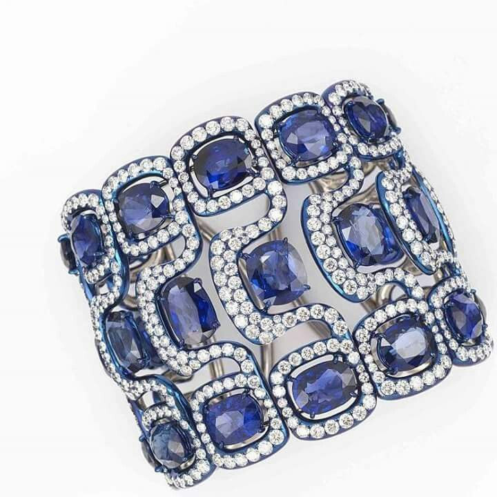 Thank youuu for today's inspiration MARGO RAFFAELLI with this Cuff bracelet ...