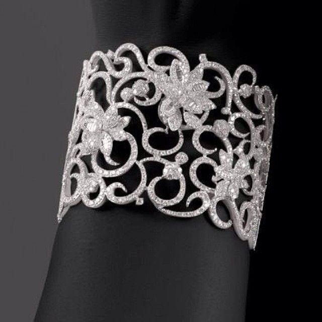 Wedding Diamond - Diamond Bangle  #2030231