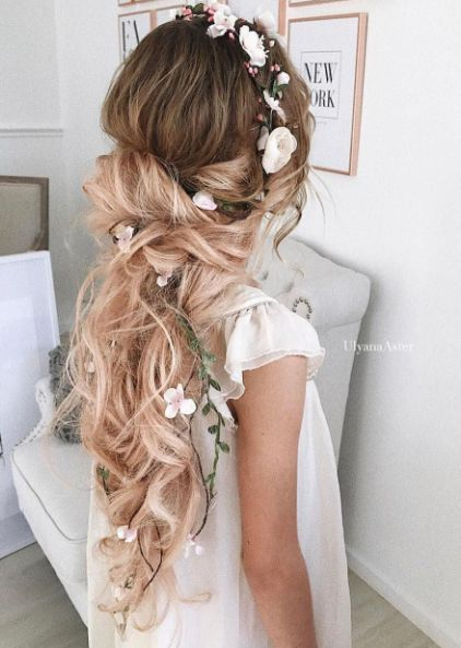 Featured Hairstyle: Ulyana Aster; ulyanaaster.com; Wedding hairstyle idea....