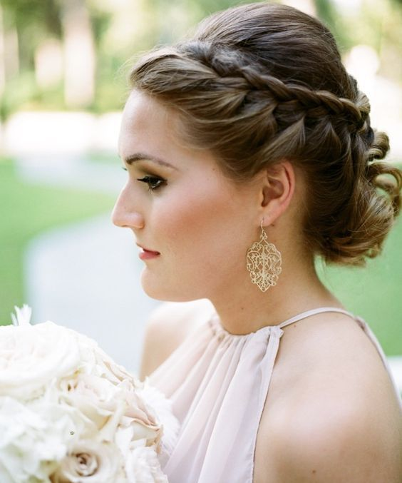 Wedding Hairstyle Inspiration - Photo: Koby Brown Photography