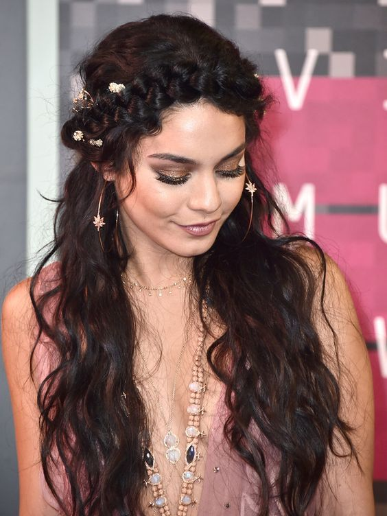 Because what is the VMAs if not a formal Coachella? | Vanessa Hudgens' Dress...