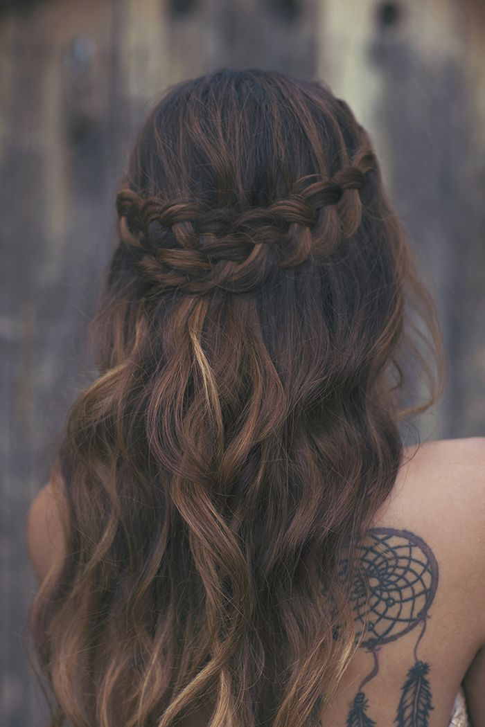 Braid half up half down. Coachella inspired hairdo. Waves and braid, so boho sty...