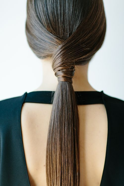 Long hair pony tail.