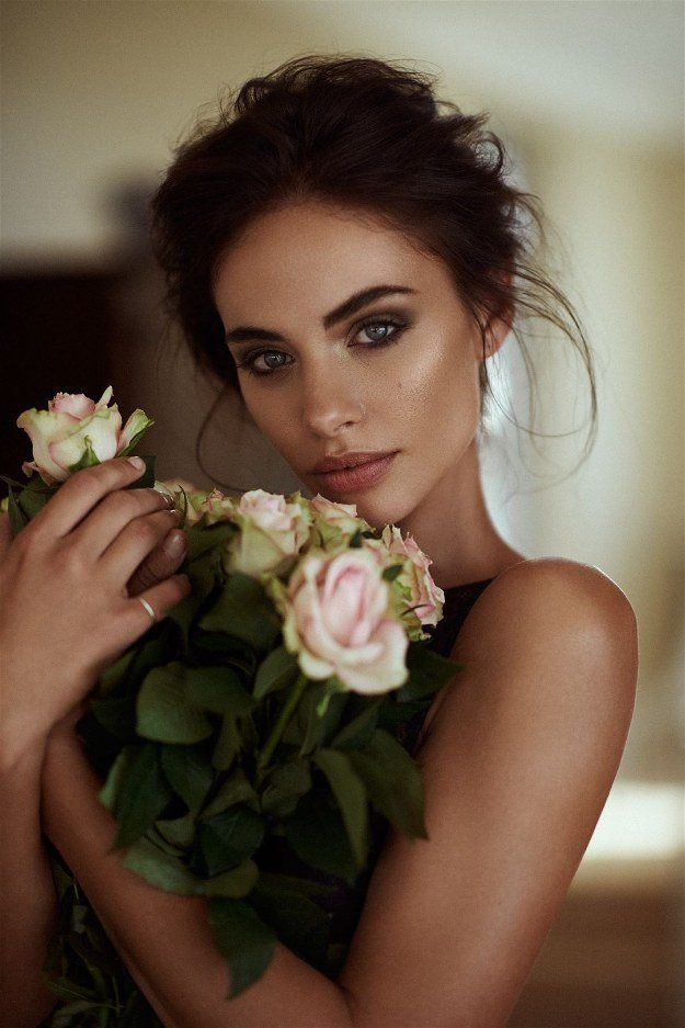Bronzed Beauty   Wedding Makeup Looks Inspiration For Your Big Day...