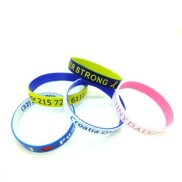 Trendy Silicone Wristband Eco Friendly Country Silicone