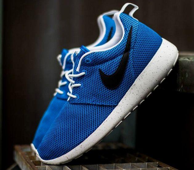 Nike Roshe Run GS – Blue / Black – Summit White – Wolf Grey