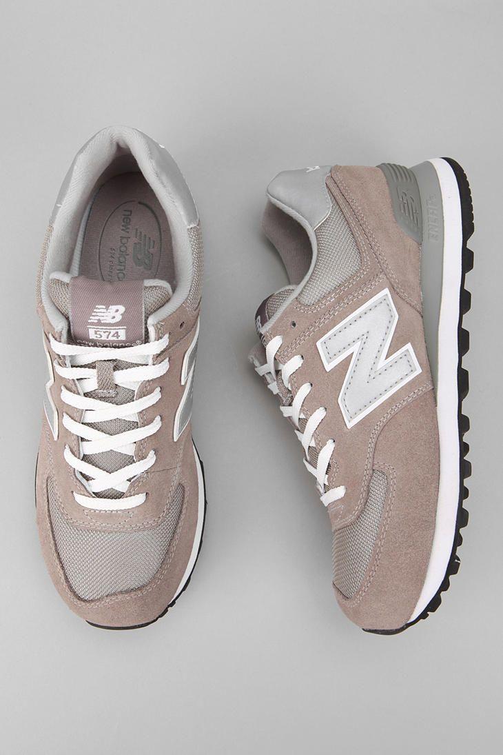 the best attitude da9b1 4c95b Trendy Women s Sneakers   New Balance 574 Sneaker - Urban Outfitters