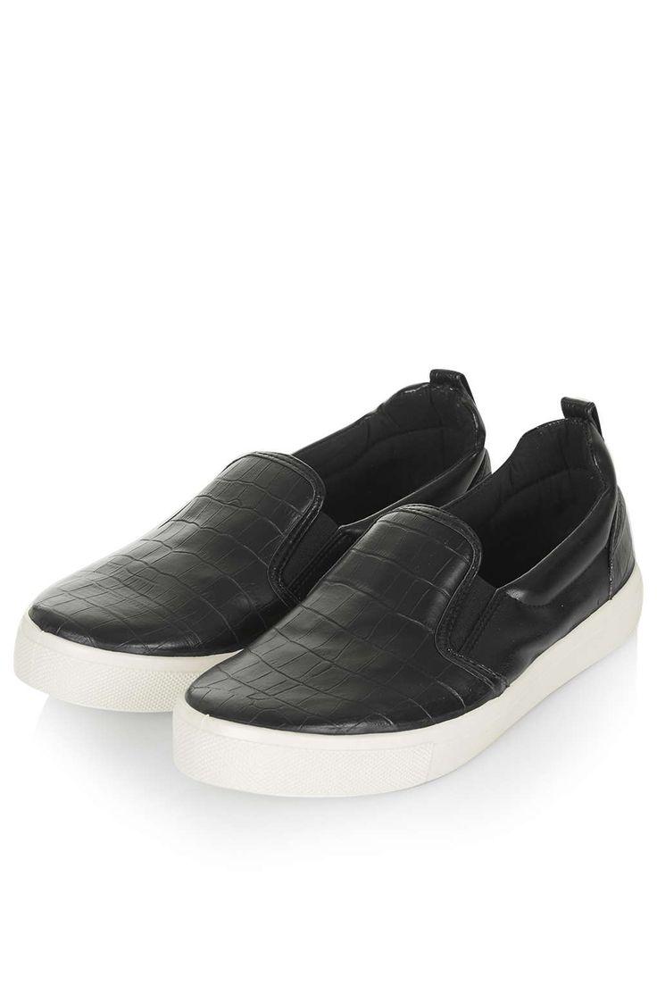 TANK Slip On Skater Shoes