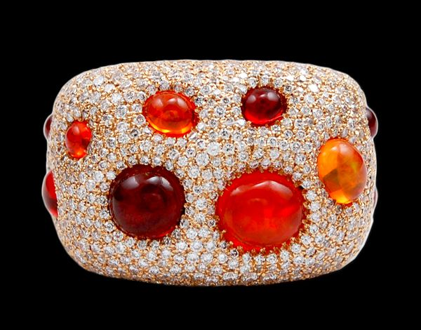 18K Yellow Gold Fire Opal & Diamond Ring