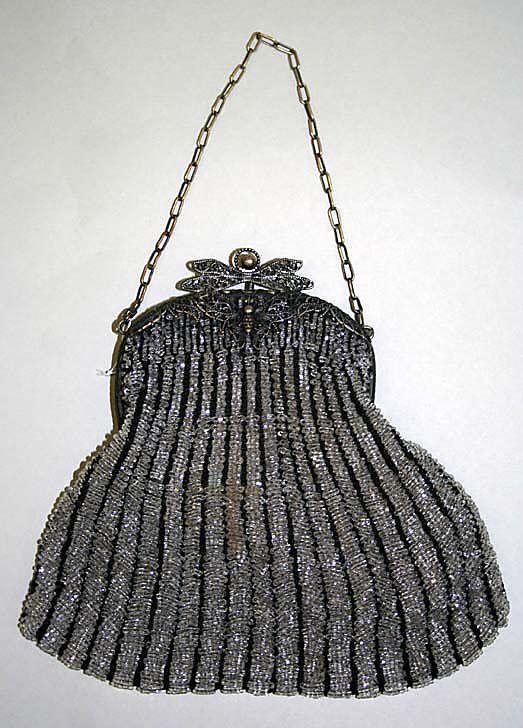Evening bag circa 1900-1925....