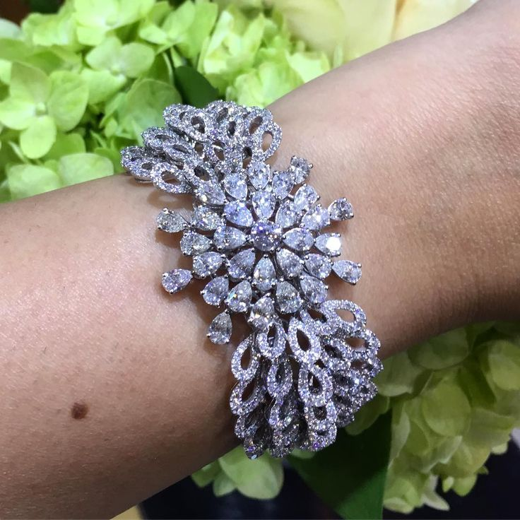 856 Likes, 4 Comments - LUXURY JEWELLERY EVENTS (@luxuryjewelleryevents) on Inst...