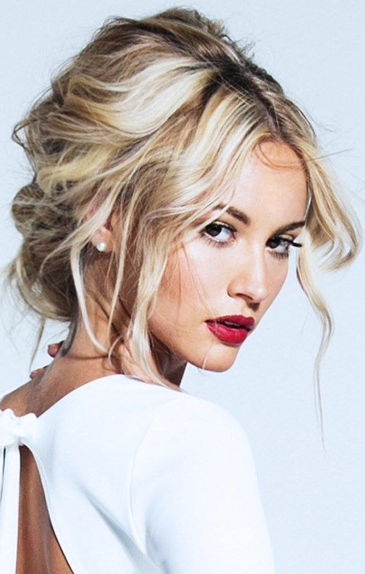 Wear a sultry red lip with tousled waves this valentines day to make a soft and ...