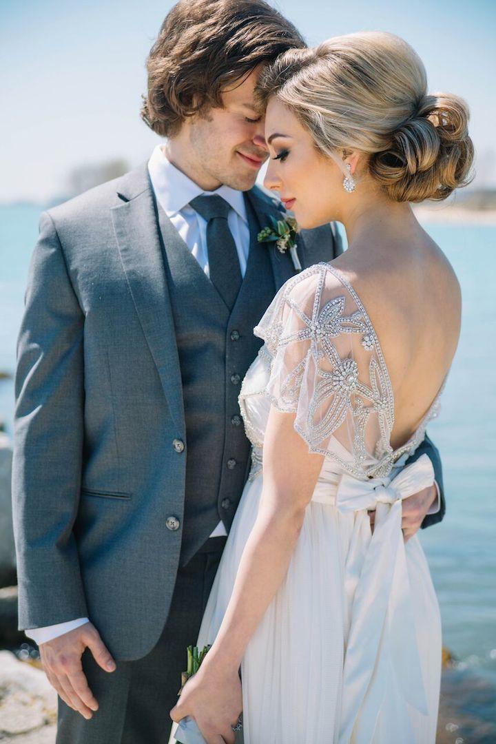 Dreamy Lakefront Chicago Wedding - MODwedding