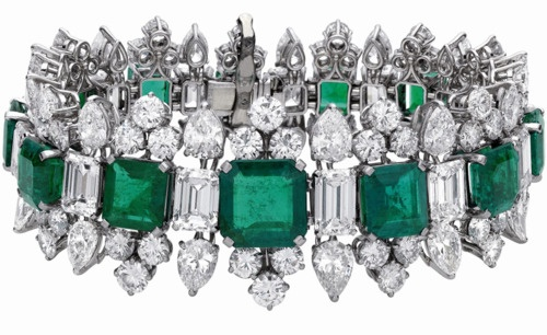 Bulgari Emerald bracelet that was part of a parure by Bulgari and given to Eliza...