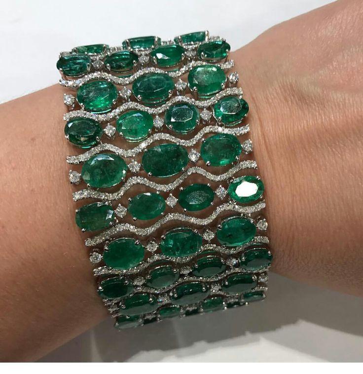 Emeralds Bracelet www.allthingsvogu...