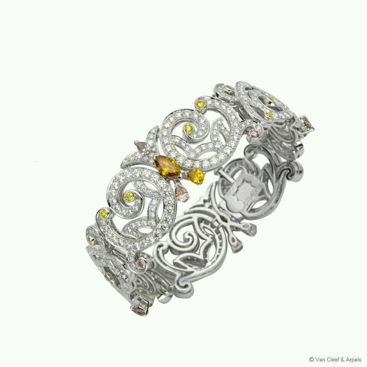 Van Cleef & Arpel - Versailles Diamond bracelet - High Jewelry collection &q...