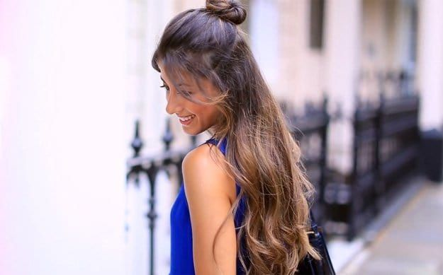 Half Up Top Knot Hairstyle | Looking for cute and easy back to school hairstyles...