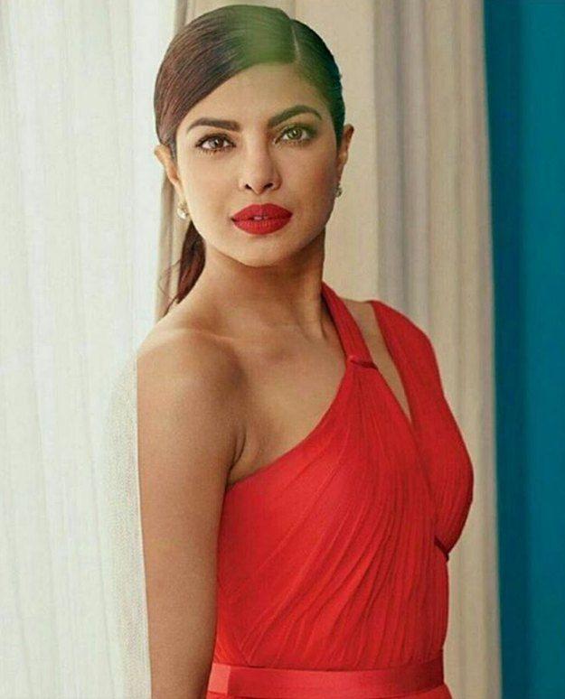 Flashy Red | 11 Times Priyanka Chopra Killed It In Hair & Beauty Department...