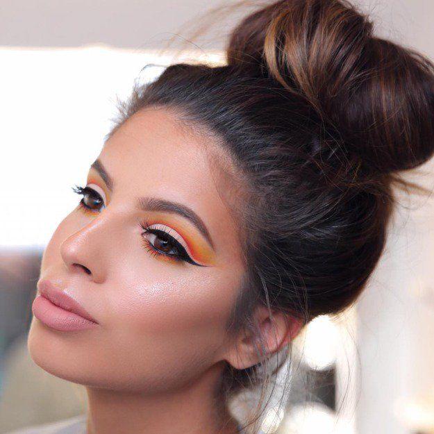 Cut Crease Method | Eyeshadow Tutorials For All Makeup Junkies | Makeup Tips &am...