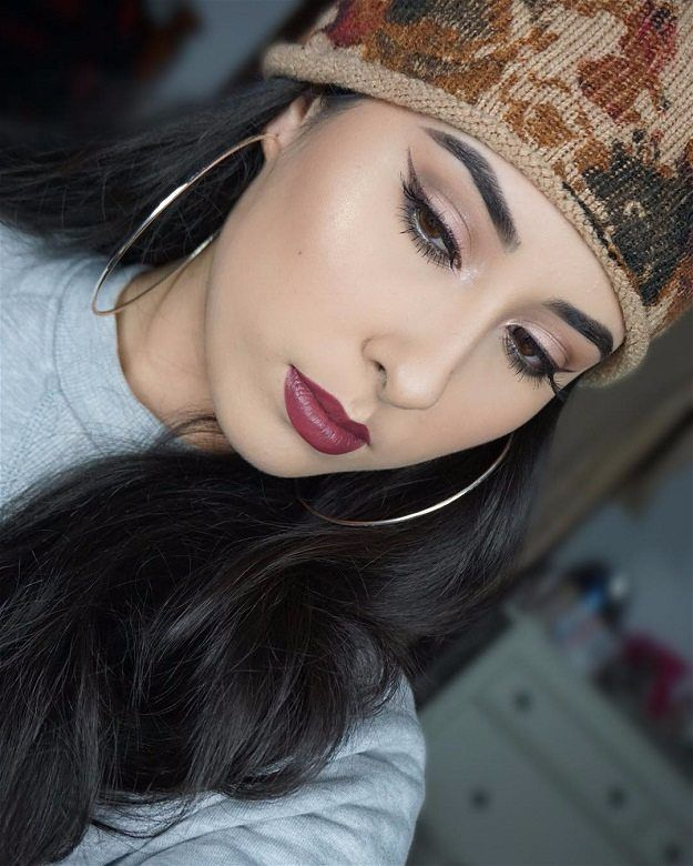 Highlighting | Easy And Chic Makeup For Black Friday Morning Shopping...