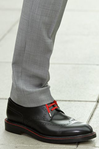 Aaw, love it!... Black brogue w/ red laces & welt via GQ - Dior Homme Spring 201...