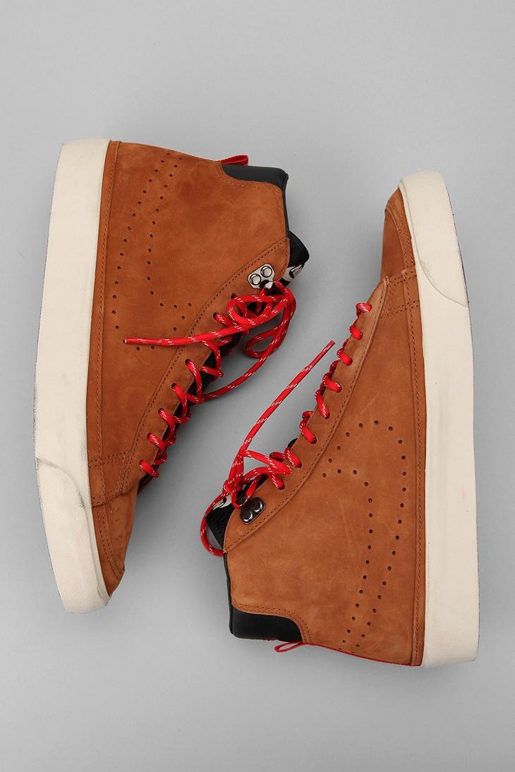 Nike Blazer Mid Premium Sneaker...
