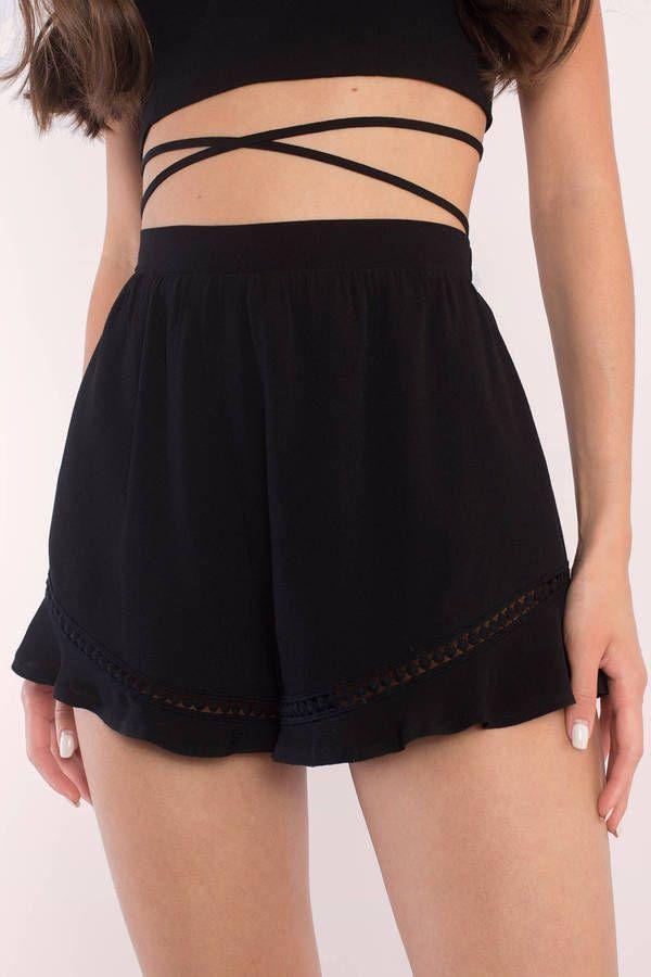 Mary Ruffle Hem Shorts
