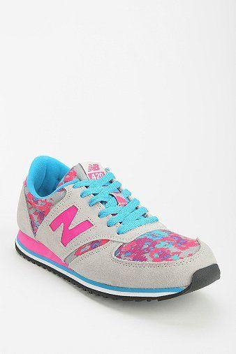 New Balance 420 Floral Blur Running Sneaker