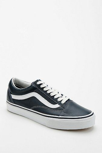 Vans Old School Leather Women's Sneaker
