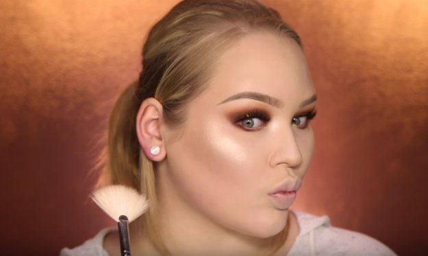 Step 12: Highlight   Glamorous & Dramatic Holiday Makeup Tutorial...