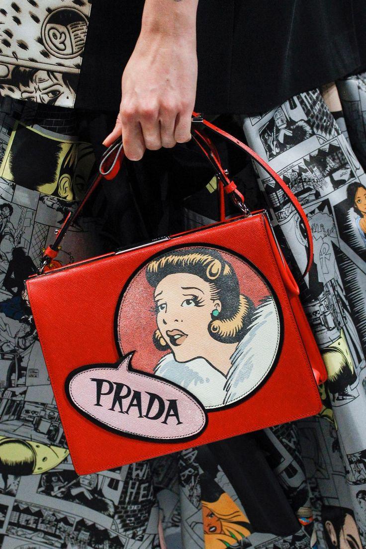 Prada Spring 2018 Ready-to-wear Fashion Details...