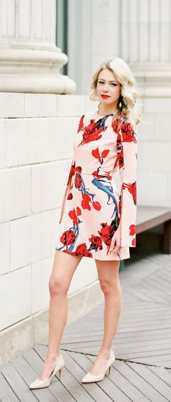 Cocktail dresses that WOW. Split sleeve floral dress....