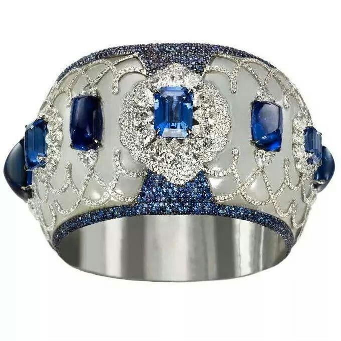 An incredible bangle by #boghart #wantneeddesirecovet #jewelleryporn #JewelGasm ...